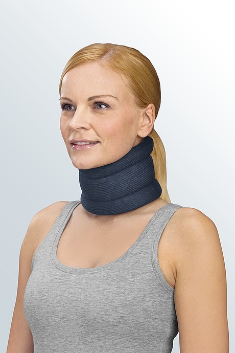 protect.Collar soft neck support with stabilisation bar